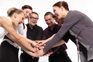 Manter a equipe motivada é fundamental para o sucesso do trabalho