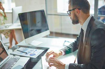 Quais as vantagens da implantação de um software de Gerenciamento de Projetos?
