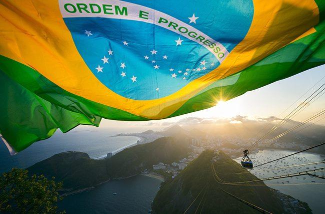 Corrupção e falta de projetos desfalcaram os cofres públicos e os brasileiros