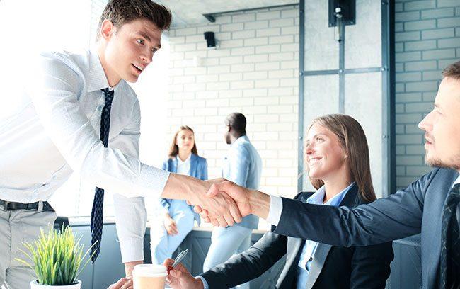 Os benefícios de contratar um software de gestão de projetos com a consultoria
